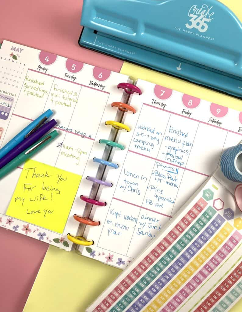 Notes in my planner and the pens I use.