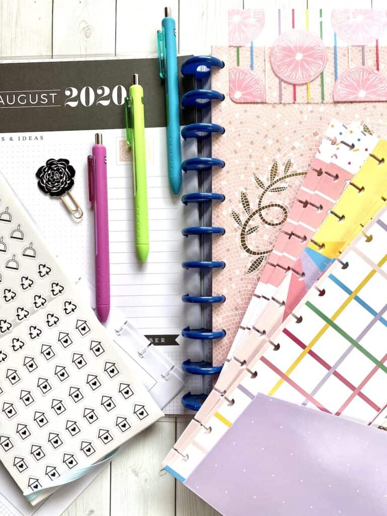 planner page options to make a diy planner that fits your needs