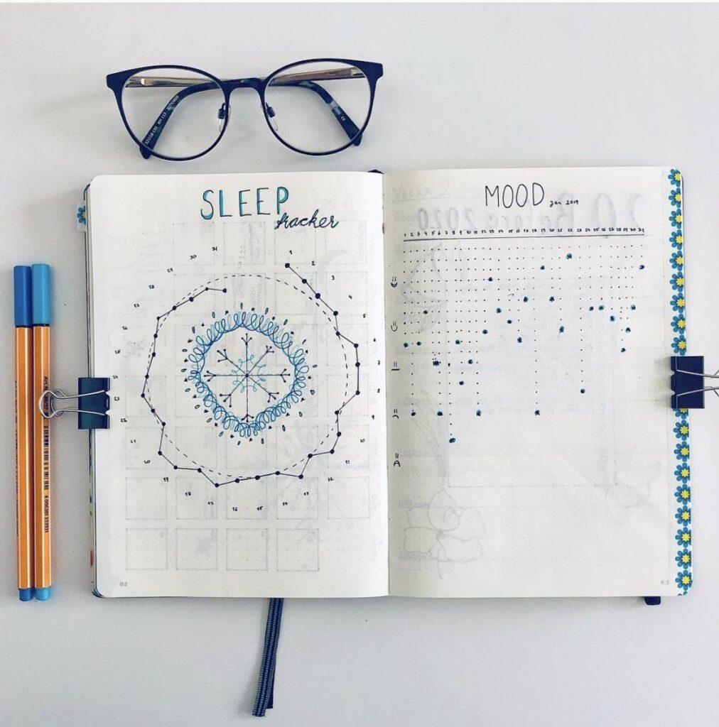 circle-snowflake-sleep-tracker-minimalisticbullet