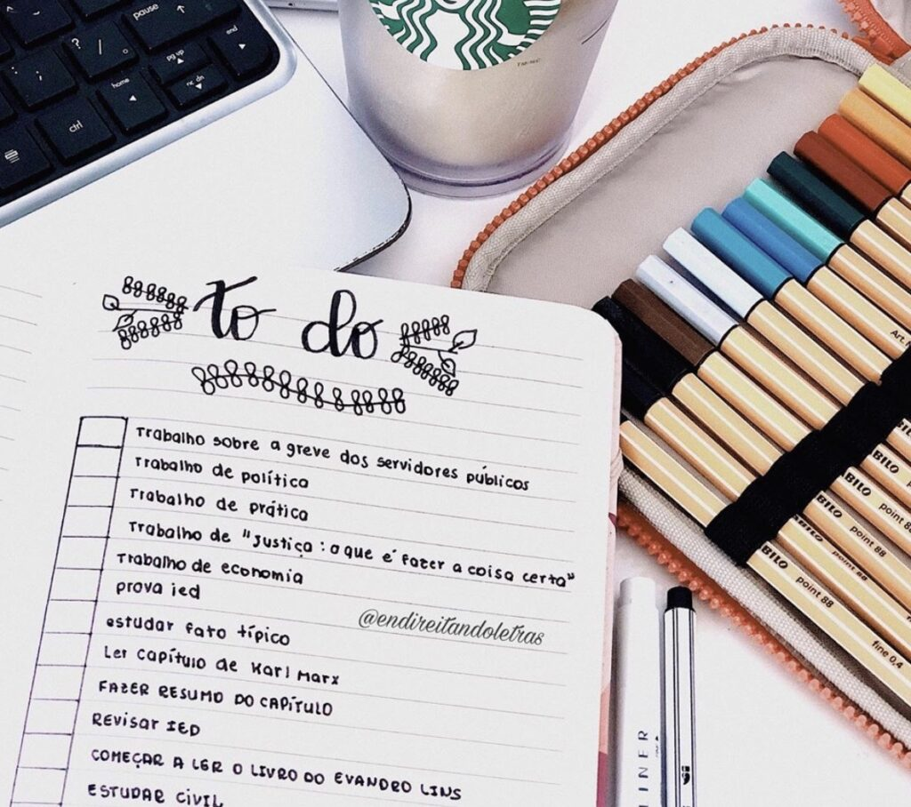 lined-journal-lists-endireitandoletras