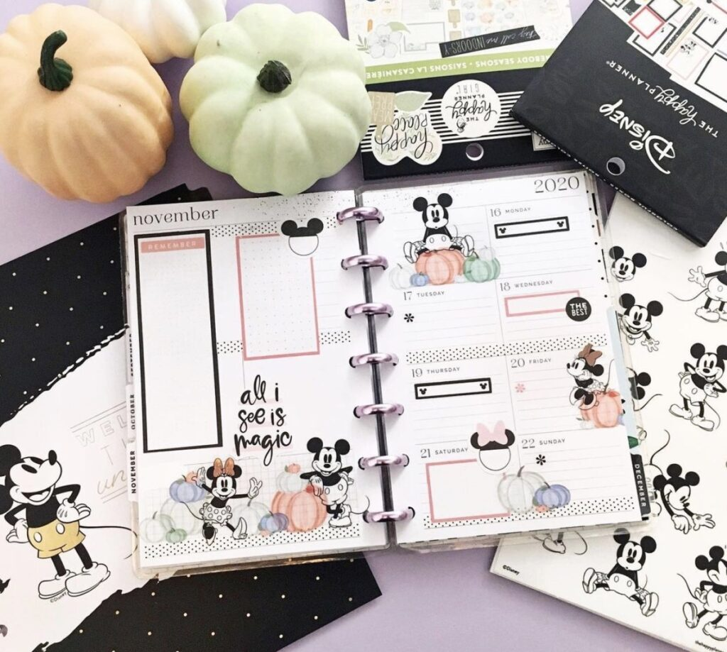 happy-2-plan-mickey-disney-planner-layout